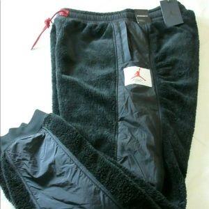 Nike Jordan Wings Of Flight Fleece Sherpa pants